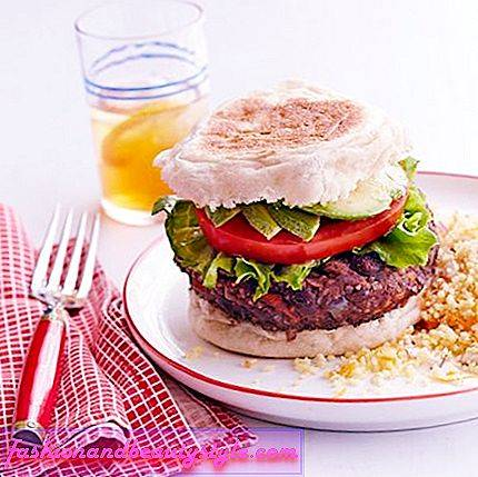 Sort Bean Veggie Burger med Couscous