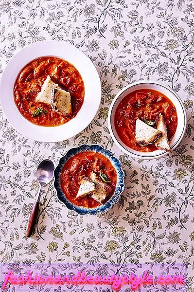 Chunky Tomato-Red Pepper Soup